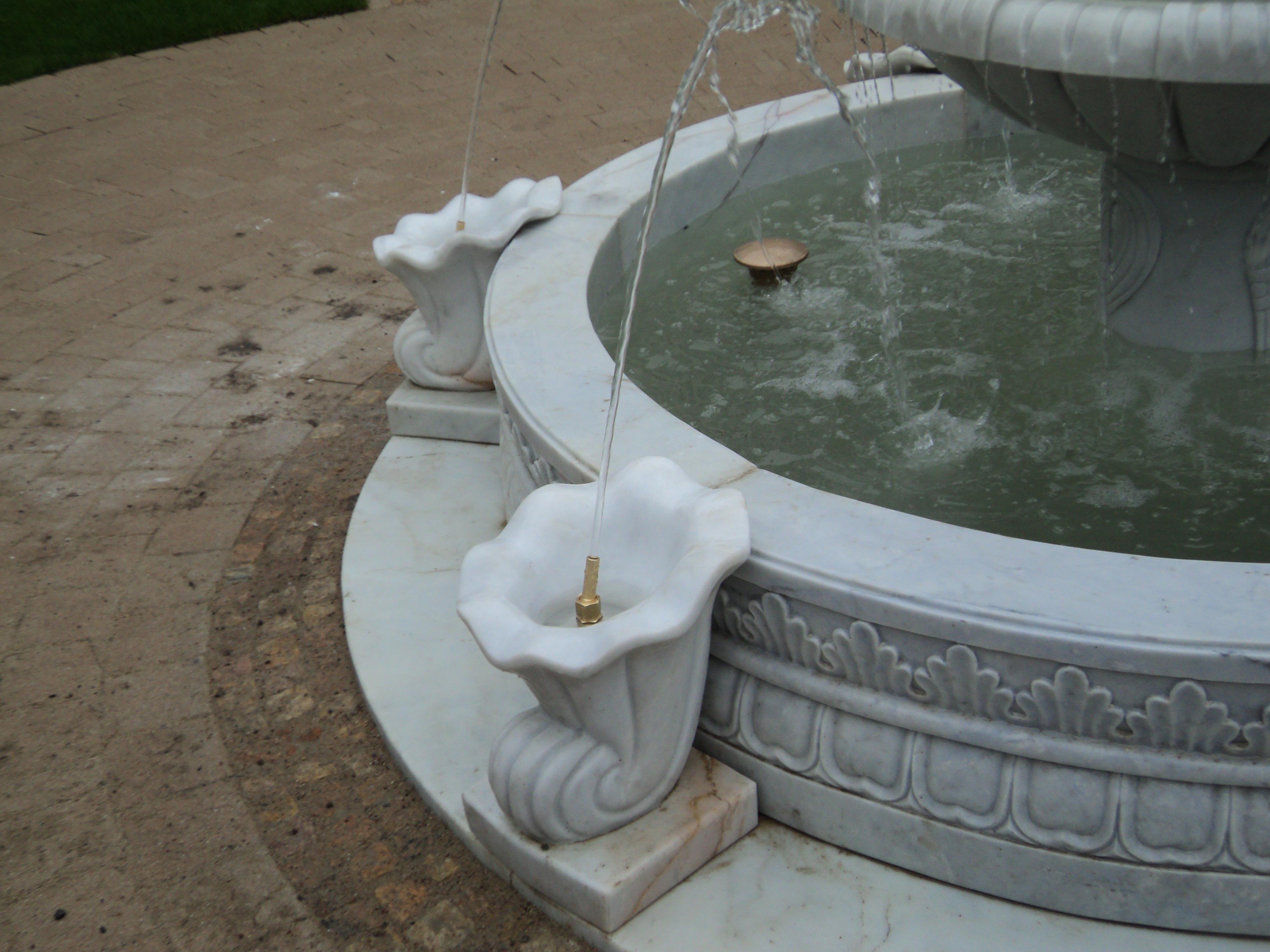 italienischer-kuenstlerbrunnen06_web.jpg